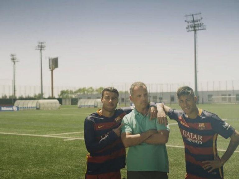 Fan Aktion von Allianz und FC Barcelona mit DDD Hamburg